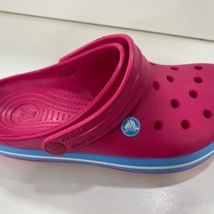 CROCS RASPBERRY – WHITE